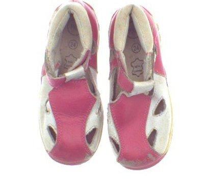 Sandálky Pace